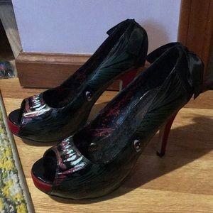 Iron fist werewolf shoes